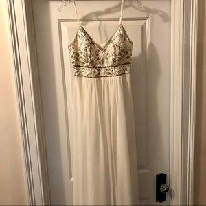 Sue Wong Dresses - Sue Wong White Spaghetti Strap Gown